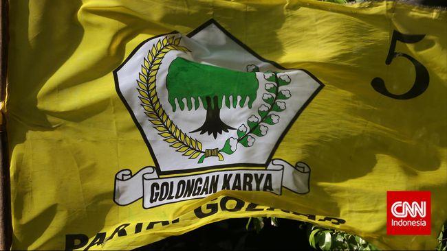 Partai Golkar digugat Rp4,1 miliar oleh pengelola kafe ke Pengadilan Negeri Jakarta Pusat. Itu terkait investasi Cafe Paradigma di Kantor DPD Golkar Jakarta.