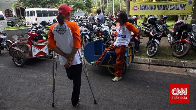 Banyaknya transportasi umum yang memudahkan perjalanan masyarakat ternyata tidak diikuti dengan kebutuhan perjalanan para disabilitas.