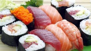 3 Cara Makan Sushi yang Benar Versi 'Warlok' Jepang
