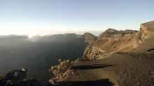 Jurus Belajar Nadiem 'Lumpuh'  di Kaki Gunung Tambora