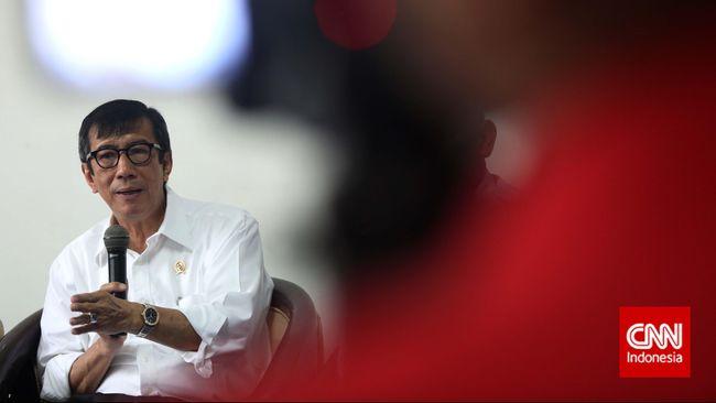 Menteri Yasonna membantah dirinya mengobral remisi untuk seluruh narapidana di lembaga pemasyarakatan, termasuk napi koruptor.