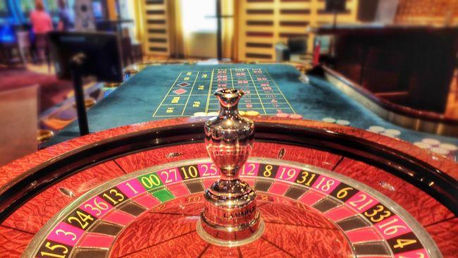 Otoritas Nevada, Amerika Serikat akan mewajibkan warga untuk tetap mengenakan masker selama berada di dalam ruangan, termasuk di dalam kasino.