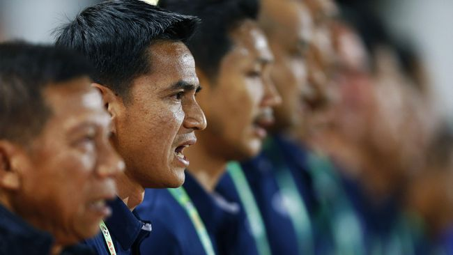 Sempat tertinggal 0-1, Timnas Indonesia berhasil membalikkan keunggulan atas Thailand dan memenangi leg pertama final Piala AFF 2016 dengan skor 2-1.