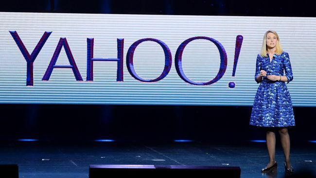 CEO Yahoo, Marissa Mayer, mengklaim bahwa layanan blogging, Tumblr, sudah sukses mengalahkan Instagram. Sebelumnya, Instagram berhasil mengalahkan Twitter.