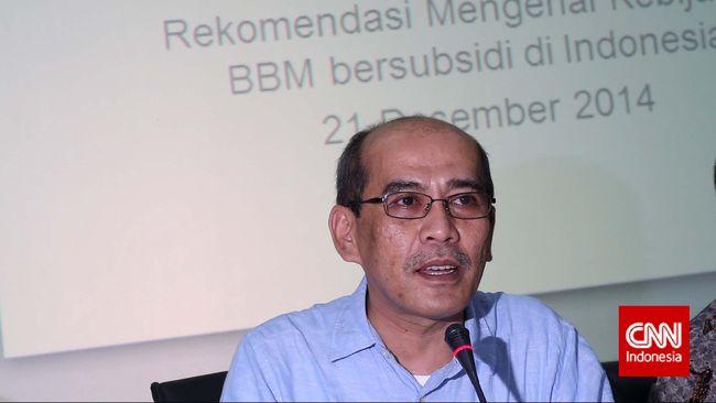Faisal Basri menyebut jantung ekonomi Indonesia lemah dan tak cukup disembuhkan dengan omnibus law.