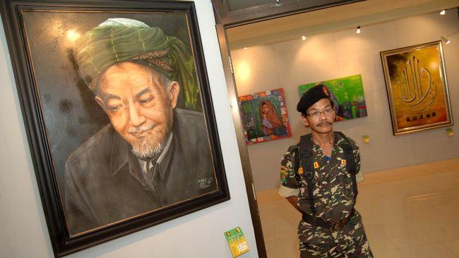 Warga NU meminta Kamus Sejarah terbitan Kemendikbud segera ditarik karena menghilangkan nama Hadratus Syekh Hasyim Asy'ari dari tokoh sejarah.