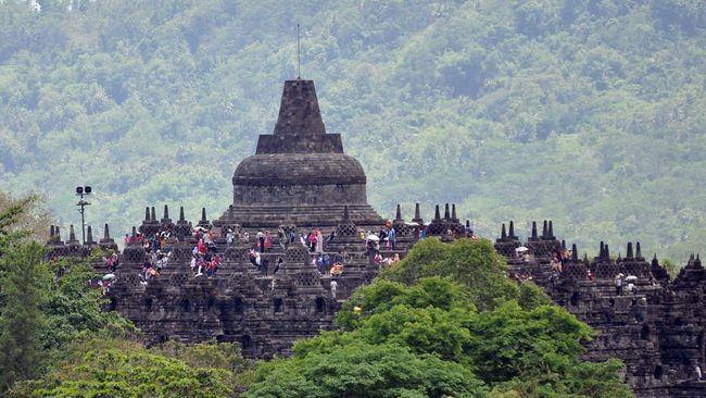 Demi meningkatkan kunjungan wisatawan, Candi Borobudur akan menggelar festival seni budaya. Mahasiswa dari 20 negara akan ambil bagian.