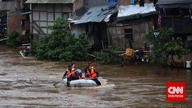 Fahira: Warga Ciliwung Bukan Penyebab Banjir Jakarta