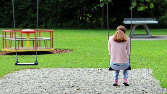Sebuah penelitian observasional menemukan, remaja yang tidak memiliki banyak teman berisiko mengalami gangguan jantung di masa dewasa.