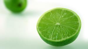 Mengupas Manfaat Jeruk Nipis untuk Diet dan Efek Sampingnya