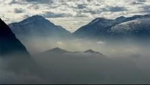 Menatap Tiga Gunung dari Taman Fathan Hambalang Sentul