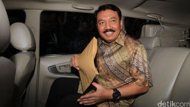 PDI Perjuangan langsung merapatkan barisan usai penetapan status tersangka bagi Komisaris Jenderal Budi Gunawan sebagai Kepala Kepolisian RI.