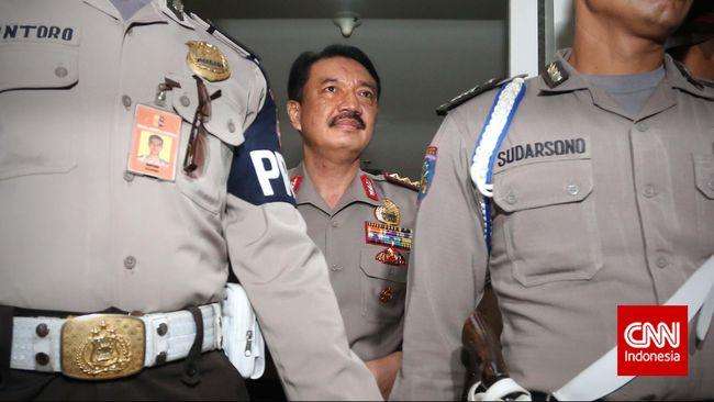 Pelantikan Budi Gunawan sebagai Kapolri menurut Frederich akan dilaksanakan hari ini di Jakarta karena kemarin sore pelantikan tidak jadi.