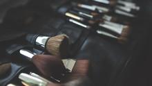 5 Cara Agar Makeup Tak Mudah Luntur