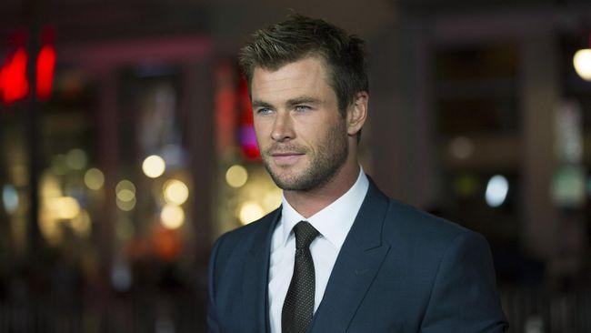 Aktor pemeran karakter Thor itu merasa Stan Lee sang kreator semesta Marvel memiliki semangat dan antusiasme bak seorang bocah laki-laki.