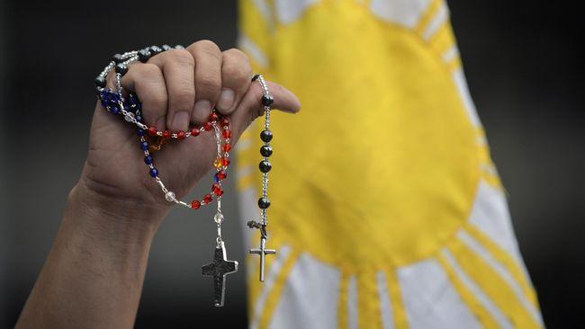 Laporan dewan juri pengadilan Pennsylvania, AS, menemukan bukti 300 pastor Katolik melecehkan lebih dari 1.000 anak secara seksual di negara bagian itu.