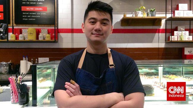 Menjadi chef bukanlah hal yang dicita-citakan Arnold Poernomo sejak dulu. Kondisi dan pengalamanlah yang mengantarkannya sebagai seorang chef seperti saat ini.