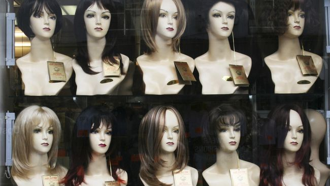 Penjualan rambut palsu atau wig di Jepang justru melonjak drastis di tengah pandemi.