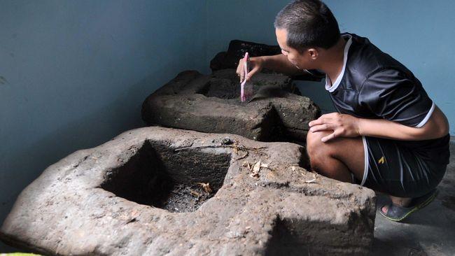 Pusat Kerajaan Mataram Kuno pada awal berdiri diperkirakan terletak di Mataram (dekat Yogyakarta). Berikut sejarah Kerajaan Mataram Kuno beserta peninggalannya.
