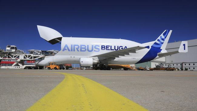 Each of Airbus' five Beluga cargo aircraft are significantly expanding their annual flight hour totals as part of the company's FLY 10,000 programme to increase overall transportation capacity