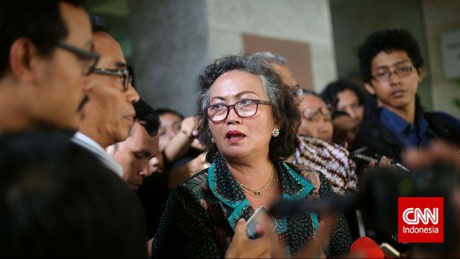Anggota TGUPP, Nursyahbani Katjasungkana menilai semestinya DPRD DKI bisa membentuk pansus jika memang serius mengevaluasi TGUPP.