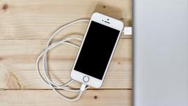 7 Tips Mengisi Baterai Ponsel dengan Cepat