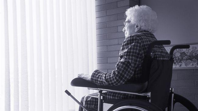 Sebuah riset yang dilakukan di Amerika menyebut harapan hidup wanita memang lebih lama, tapi dibebani dengan fisik yang lemah.