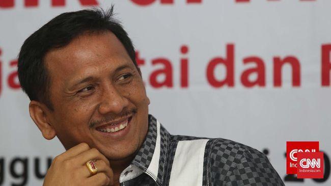 Ambroncius Nababan saat ini kurang aktif di Hanura dalam setahun terakhir dan tengah sibuk di Relawan Jokowi-Amin (Projamin).