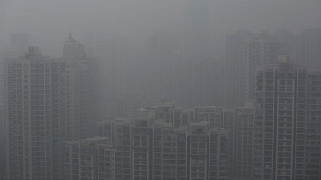 WALHI mencontohkan beberapa negara seperti Jepang, Korea Selatan, dan China tidak konisten untuk menurunkan angka emisi.