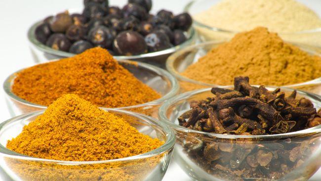 Kekayaan rempah bisa menjadi gerbang pengenalan kuliner Indonesia. Strategi ini diusung chef Degan Septoadji di sebuah festival di Prancis.