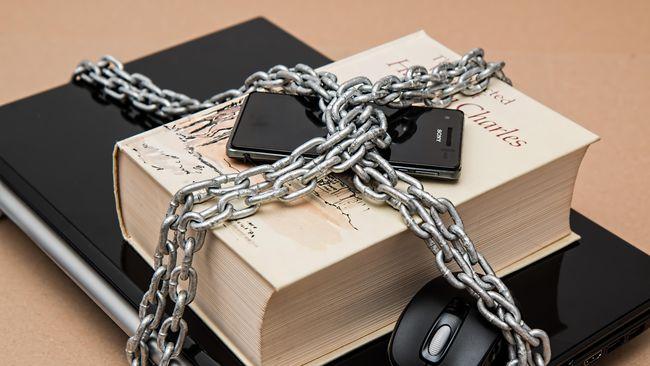 Kamboja membantah tuduhan bahwa undang-undang yang baru disahkan untuk mengatur akses internet meniru gaya China yang melakukan pengawasan dan sensor konten.