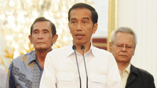 Istana menyatakan Presiden Joko Widodo tidak punya akun di Facebook atau Twitter, padahal kedua akun tersebut sudah diverifikasi oleh kedua media sosial.