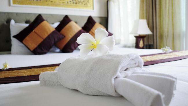 Perhimpunan Hotel dan Restoran Indonesia (PHRI) hanya dapat menerima keputusan pemerintah memangkas libur akhir tahun meski kehilangan potensi pendapatan.