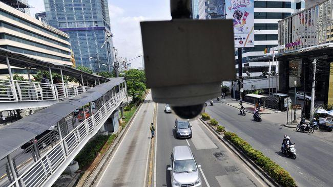 Berdasarkan draf evaluasi RAPBD 2015, Kemendagri melarang anggaran pengadaan CCTV kecuali untuk peningkatan kualitas dan kuantitas layanan publik.