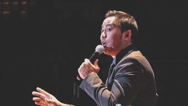Nama Pandji Pragiwaksono kembali mencuat setelah diserang netizen karena pernyataannya di video yang menilai MU dan Muhammadiyah elitis.