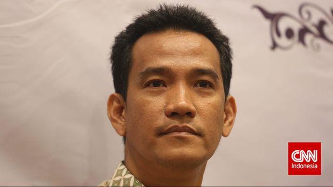 Terdakwa Rizieq Shihab menghadirkan ahli Refly Harun dalam sidang kasus kerumunan di Pengadilan Negeri Jaktim, Senin (10/5).