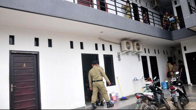 Polisi mengatakan surat pemecatan Co-Pilot Wings Air Anjar Aji Surya dikirim ke rumah korban, bukan ke indekos lokasi bunuh diri.
