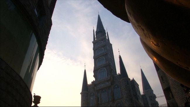 Para penggemar Harry Potter dapat menikmati makan malam romantis di set lokasi pembuatan film serial adaptasi novel JK Rowling itu.