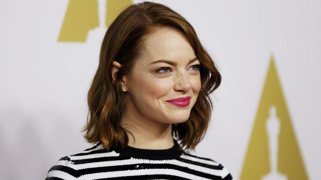 Aktris pemeran Mia dalam film 'La La Land', Emma Stone hampir selalu tampil cantik di setiap perhelatan acara karpet merah. Apa rahasia cantiknya?