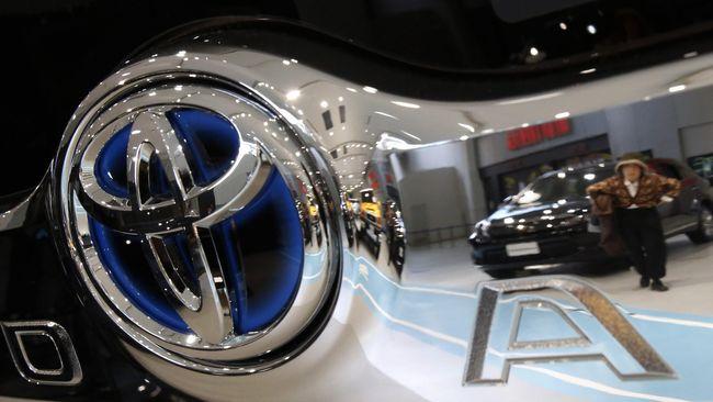 Toyota Tertarik Suplai Mobil Hybrid Buat Blue Bird
