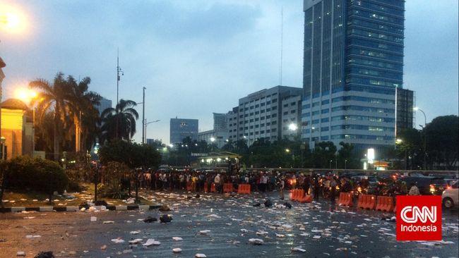 Menurut Komnas Perempuan peresmian ini merupakan langkah awal pemerintah mengakui tragedi Mei 1998.