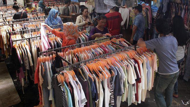 KPPI Kemendag memulai penyelidikan atas lonjakan impor barang pakaian dan aksesori pakaian pada 1 Oktober 2020.