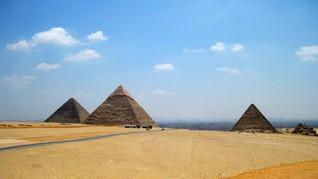 Piramida, Stonehenge, dan Misteri Astronom Kuno
