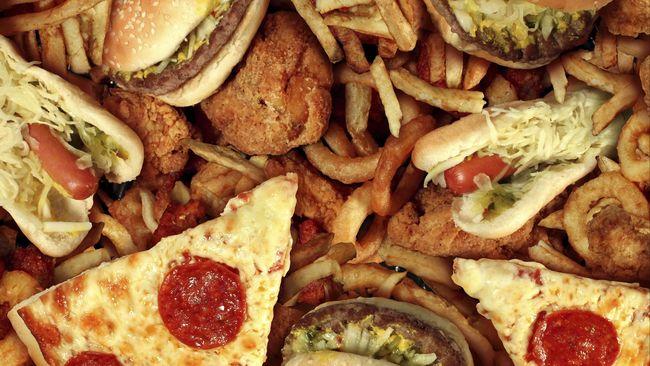 Meski persentase orang yang terkena sindrom makan dengan kalap terbilang kecil, namun risiko yang ditimbulkan dari kebiasaan tersebut sangatlah besar.