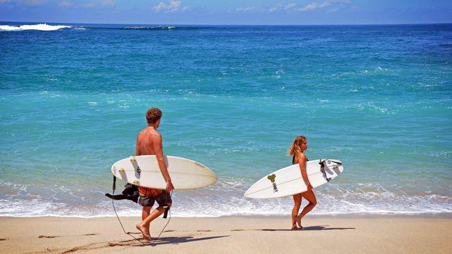 Jauh sebelum kedatangan influencer dan selebriti, Sumba telah menjadi surga surfing bagi peselancar dalam negeri dan mancanegara.