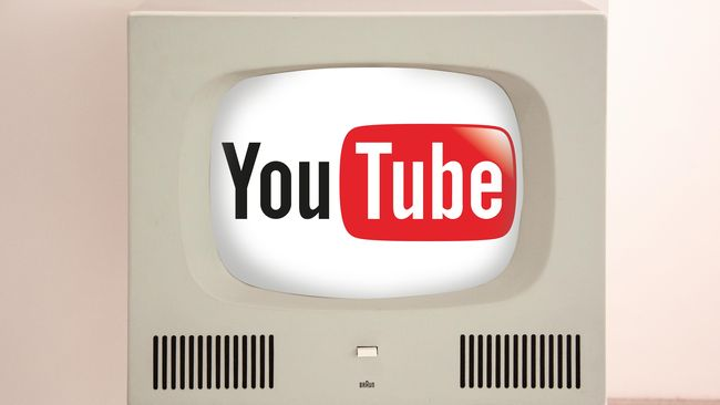 Situs video YouTube kini dapat memutarkan video yang direkam dengan kamera berlensa 360 derajat, dengan menambahkan kursor pada tampilan video.
