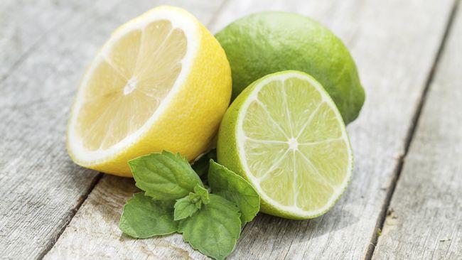 Bukan cuma lemon yang punya banyak khasiat untuk kesehatan. 'Lemon lokal' atau jeruk nipis ternyata juga punya khasiat baik untuk kesehatan.