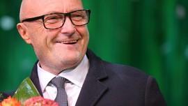 Phil Collins antara Rujuk dan Duet Bareng Adele