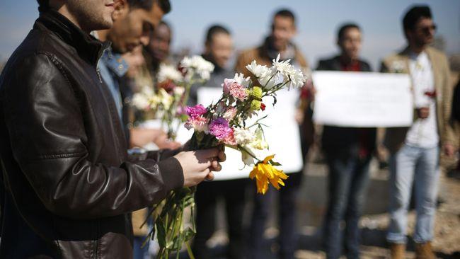 Blokade Israel melarang Dalia di Gaza untuk mendatangi calon suaminya di Tepi Barat, Palestina. Sudah tiga tahun berlalu, keduanya belum bisa menikah.