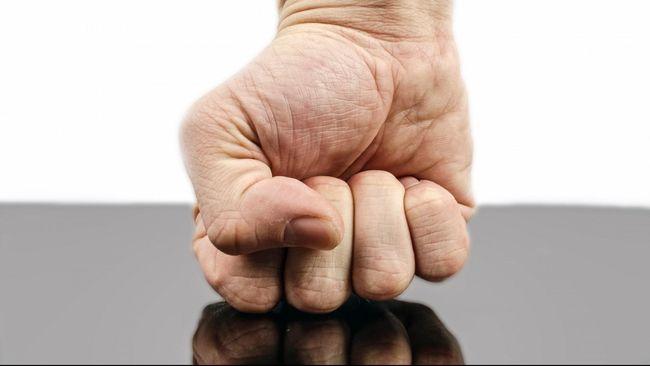 Marah tak hanya berpengaruh pada masalah emosional tapi juga berefek pada peningkatan berat badan.
